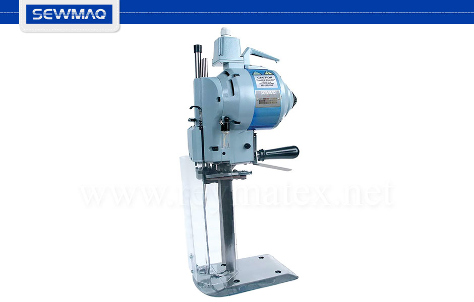 "KS-8""-IU 0A6407B Straight knife 8"" cutting machine. Cutting height: 16 cm. 220 volts and 1HP. CE mark (integrated plug, switch in handle: if operator leaves the handle the machine gets stopped). KS-10""-IU 0A6408B Straight knife 10"" cutting machine. 1HP. Cutting height: 21 cm. KS-13""-IU . 0A6408F Straight knife 13"" cutting machine. Cutting height: 29 cm. 220 volts and 1HP. CE mark (integrated plug, switch in handle: if operator leaves the handle the machine gets stopped)."