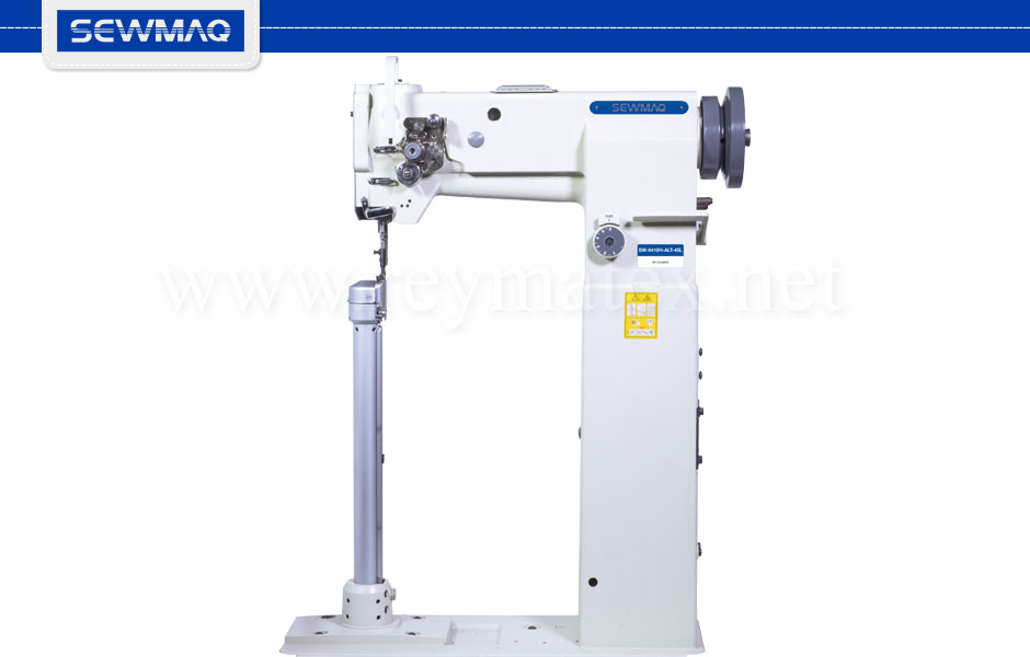 SW-8410H-ALT-45L- Sewmaq lockstitch - Post bed compound feed machine. Reymatex españa portugal france italia. Máquina de coser industrial de pespunte, de columna y triple arrastre.